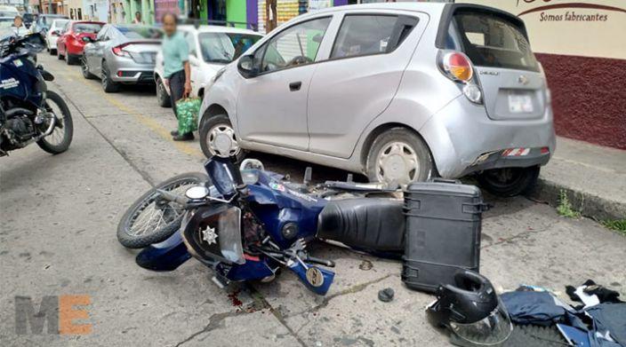 En Morelia, Michoacán, motopatrullero resulta herido al ser atropellado por un Spark