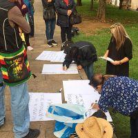Con marcha, trabajadores jubilados de la UMSNH exigen pagos