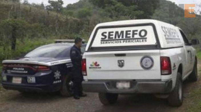 """El cuerpo de una mujer es encontrado en el predio """"Las Pozas"""" de Huetamo, Michoacán"""