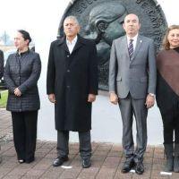 Alberto Frutis aprueba en Michoacán nueva iniciativa educativa firmada por AMLO