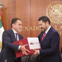 Secretaría de Hacienda y Crédito Público entrega el Paquete Económico 2019 al Senado