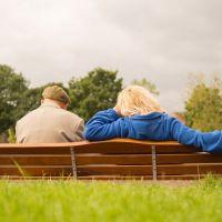 Vida íntima de adultos mayores podría ser benéfica para su salud