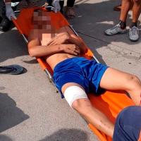 Adolescente en moto queda herido al ser atropellado en Apatzingán, Michoacán