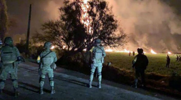 Van 66 muertos por explosión de ducto de Pemex en Hidalgo