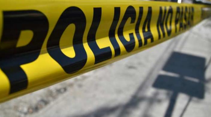 Encuentran un cuerpo descuartizado y embolsado en la López Mateos de Morelia, con un letrero dirigido a asaltantes y rateros