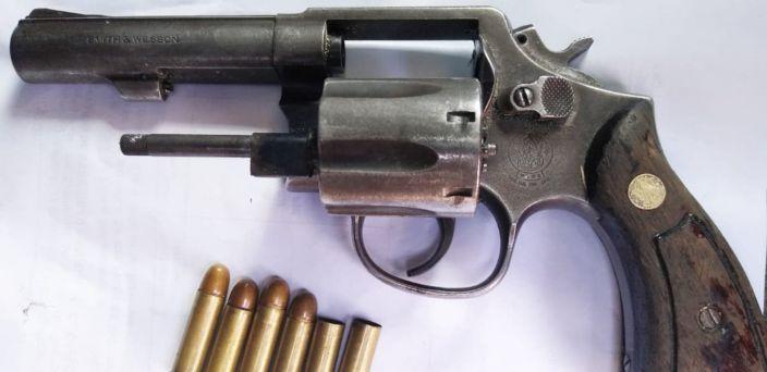 Detienen a dos secuestradores tras persecución y balacera en Morelia