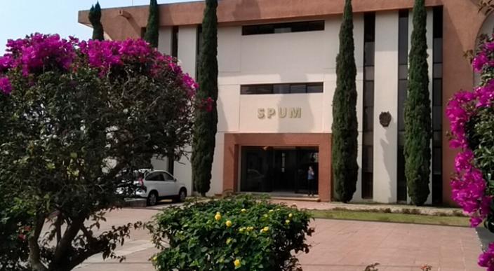 Sindicato de profesores de la UMSNH conjura huelga por violaciones y revisión contractual