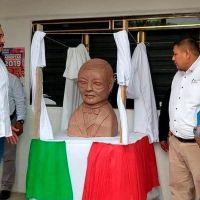 Burlas y memes desata la develación del busto de Benito Juárez en SLP