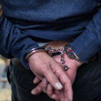 Detienen en Morelia a un hombre con orden de aprehensión por robo calificado