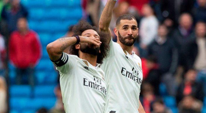Benzema hace historia en el Real Madrid, tras marcar hat- trick