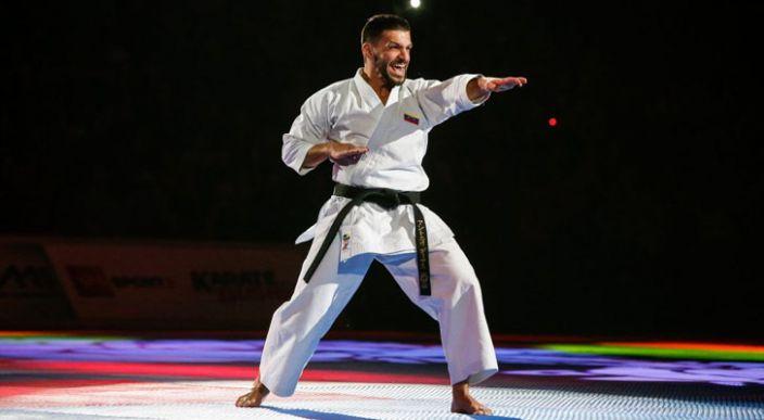 Karateca Antonio Díaz de Venezuela, entró en el Récord Guinness