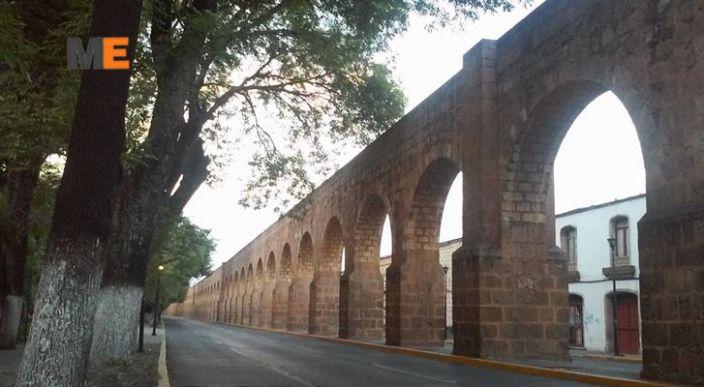 Peatón quedó herido al ser atropellado en la Avenida Acueducto, Morelia