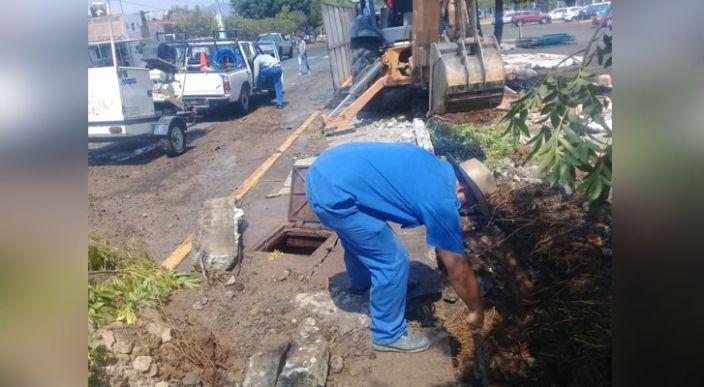 UMSNH lamenta afectación causada en línea de agua potable, en Morelia
