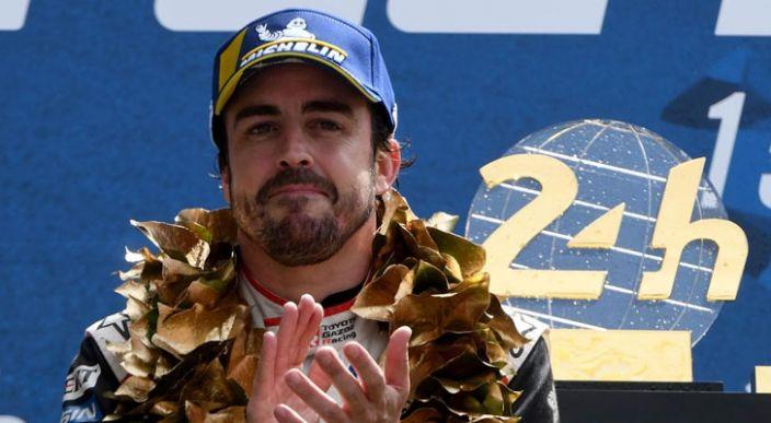 Fernando Alonso hace historia en el automovilismo al ganar las 24 horas de Le Mans