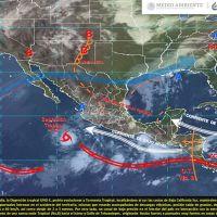 Lluvias muy fuertes con descargas eléctricas en el occidente de México