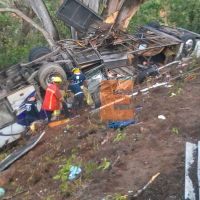 Se accidenta autobús y mueren 11 pasajeros en Compostela, Nayarit