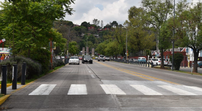 Tras las reparaciones se abre circulación en Calzada Juárez de Morelia, Michoacán
