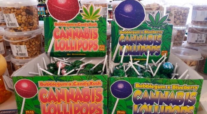 Turistas se sorprenden al encontrar paletas de marihuana en un supermercado de España