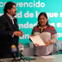 Espacio Emprendedor entrega el primer crédito a mujer emprendedora de Michoacán