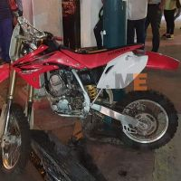 Atropellan a pareja de jóvenes que viajaban en motocicleta, en Zamora, Michoacán