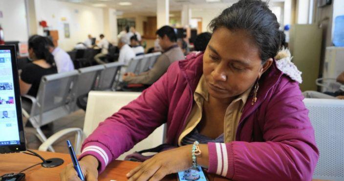 Carmela Parral, presidenta, es asesinada a balazos junto a un funcionario local
