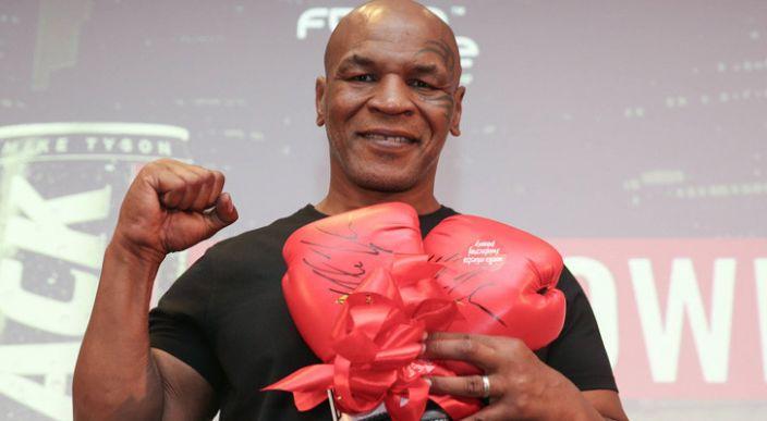 Mike Tyson confesó que una droga le hizo regresar al boxeo