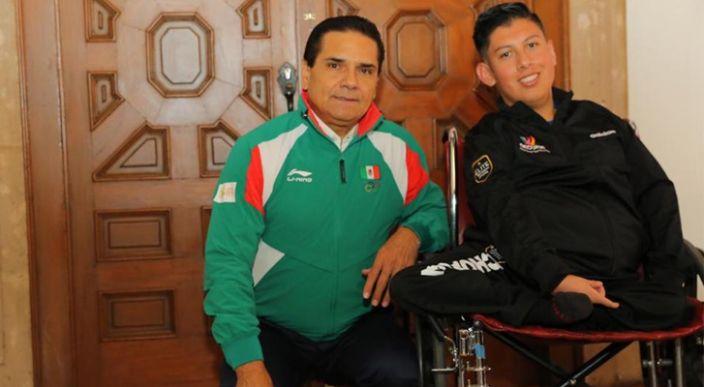 """""""Date la vuelta Angelito, si no mames para que te vean allá"""", Silvano a un atleta paralímpico (video)"""