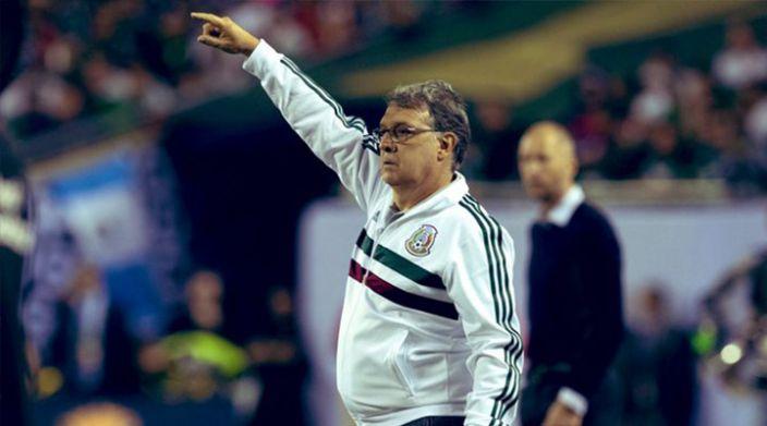 Anuncia Tata Martino 4 bajas contra Argentina