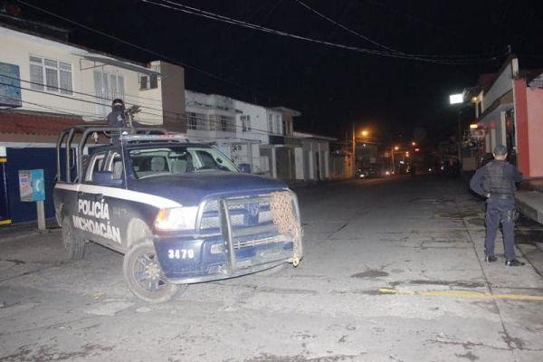 Sujetos balearon una casa en Uruapan