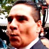 """Con su clásico """"Chiflidito"""" Silvano Aureoles evade preguntas de seguridad (Video)"""