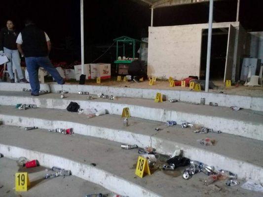 Pistoleros irrumpen en palenque en LC y matarón a balazos a un hombre