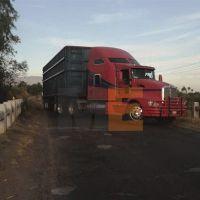 SSP y GN desactivan narco bloqueo carretero