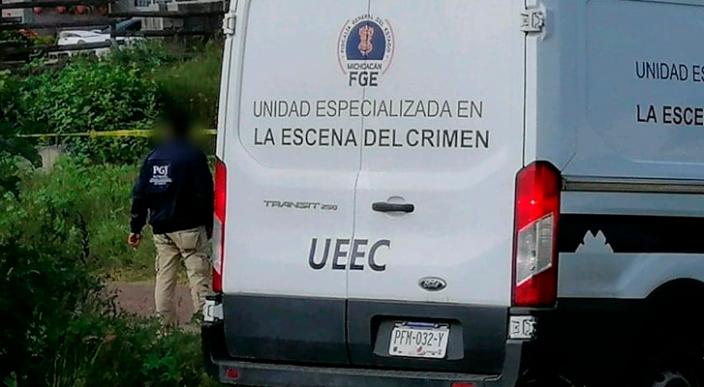 Encuentran dos cuerpos con signos de violencia en Los Llanos de Gabriel Zamora, Michoacán