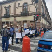 Lentejeros michoacanos se manifiestan, acusan al DIF de bloquear comercialización