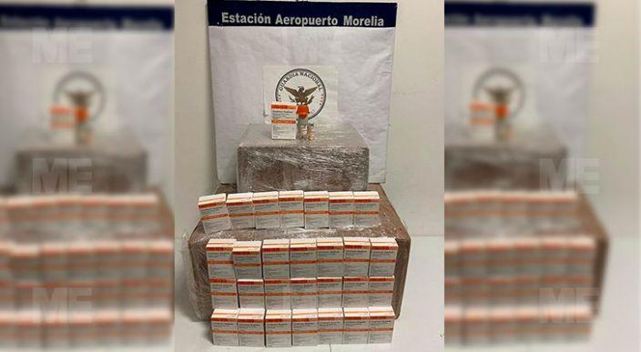 Aseguran 'marihuana' y medicamento en el Aeropuerto Internacional de Morelia