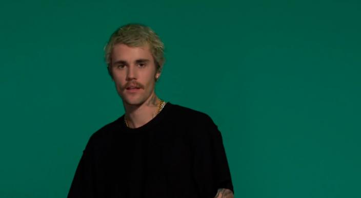 Aspecto de Justin Bieber genera burlas y lo comparan con