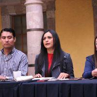 Renuncia Araceli Saucedo a la coordinación de la bancada del PRD