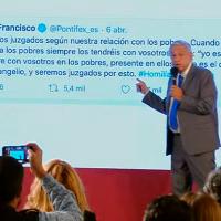 AMLO toma como referencia tuit del Papa para hablar de la población marginada