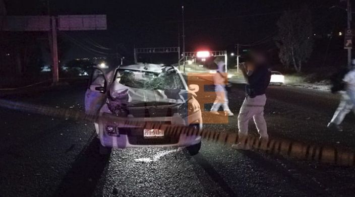 Auto impacta a caballo en Morelia, su jinete perece