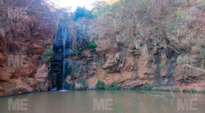 """Encuentran a joven ahogado en un estanque en """"La Barranca del Indio"""" de Taretan"""