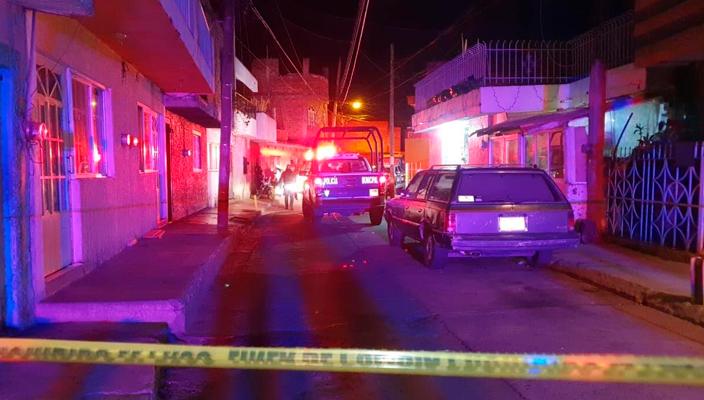 Agreden a balazos a hombre y sus dos hijastros en su casa de Zamora, Michoacán
