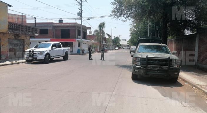 Catean domicilio y encuentran un cadáver, en Uruapan