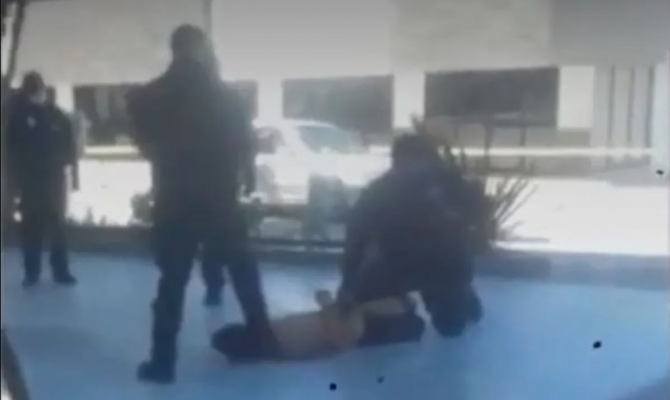 Como a George Floyd pero en Tijuana, Policía asfixió a detenido (Video)