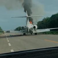 """Narcoavioneta"" aterrizó de emergencia y se incendió, en Quintana Roo (Video)"