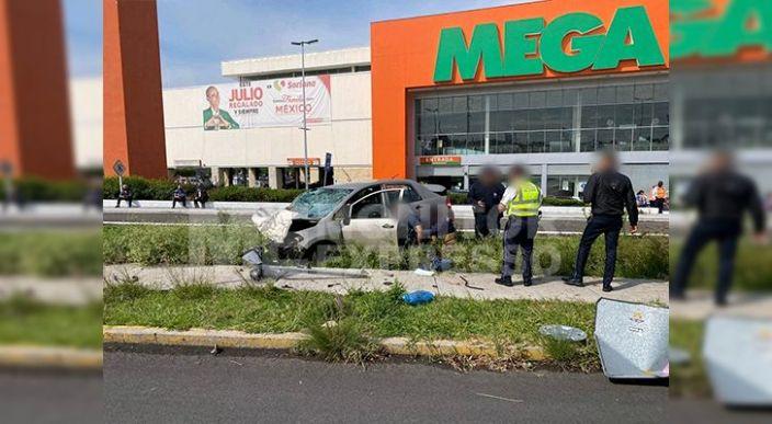 Peatona muere atropellada por automovilista en el periférico de Morelia