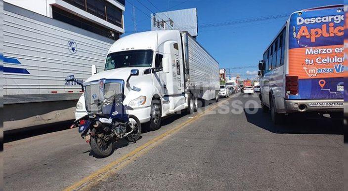 Un septuagenario fue arrollado por un tráiler en la avenida Virrey de Mendozade Zamora
