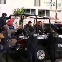 Detienen a jóvenes y pobladores de Cherán que denunciaron venta de exámenes