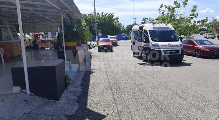 Tres resultan lesionados por explosión en puesto de carnitas, en Lázaro Cárdenas