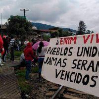 Normalistas vuelven a tomar de vías férreas en Caltzontzin y Las Cañas