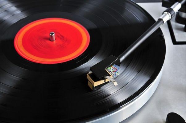 Discos de vinilo superan ventas de CD por primera vez desde la década de 1980 Por Redacción ME Publicado en Música Publicado en 15 septiembre 2020
